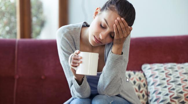 Bir Psikolojik Gitmeniz Gerektiğini Gösteren Endişe Verici Yedi İşaret