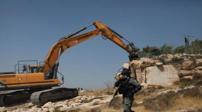 İsrail askerleri Filistinlilerin evini ve dükkanını yıktı! - Resim 1